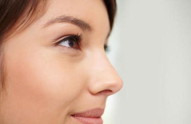بینی فانتزی و طبیعی چه تفاوت هایی دارد؟ - عمل بینی استخوانی بهتراست یا بینی گوشتی؟ رینوپلاستی چیست؟
